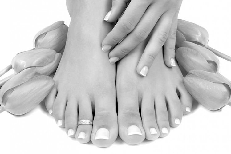 onglerie mains et pieds. Onglerie et vernis semi permanent Gland